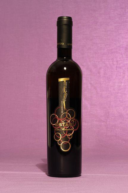Vino estasi da 500ml dell'azienda vinicola La Montata