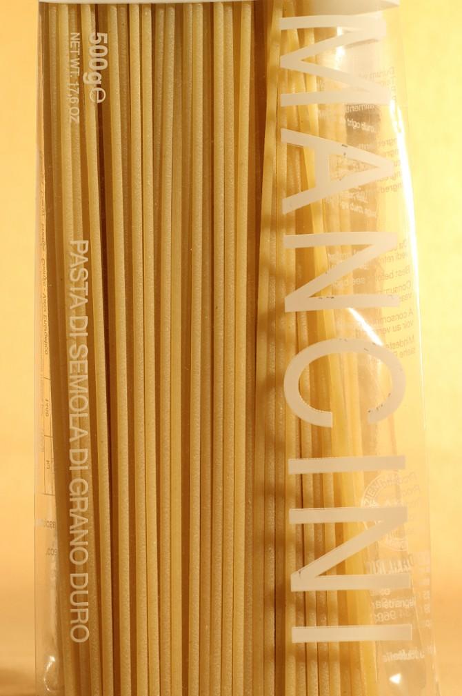 Etichetta posteriore degli spaghetti in busta da 500 grammi dell'azienda agricola Mancini
