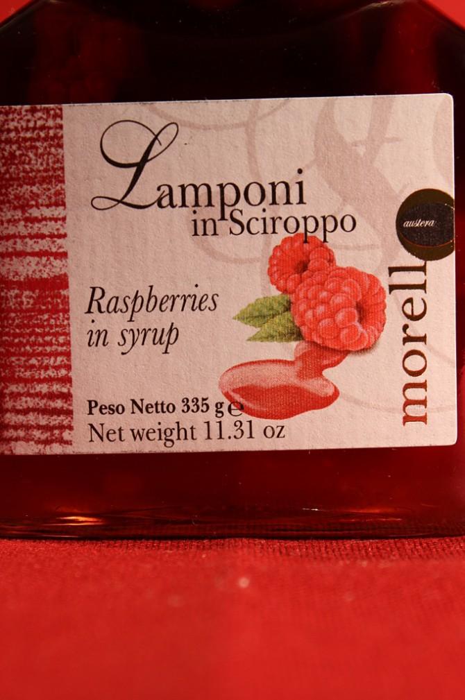 Etichetta anteriore della confezione di lamponi in sciroppo di Morello Austera