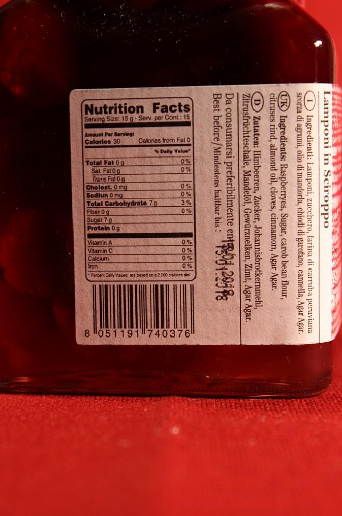 Etichetta posteriore della confezione di lamponi in sciroppo di Morello Austera