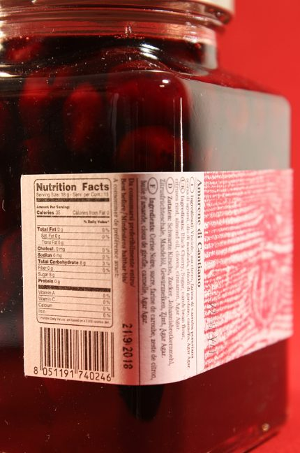 Etichetta posteriore della confezione da 655 grammi di amarene di Cantiano di Morello Austera